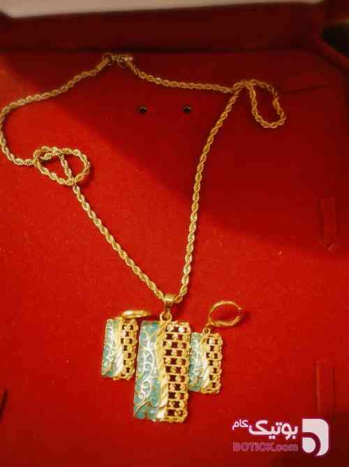 مدال و گوشواره استیل طلایی گردنبند