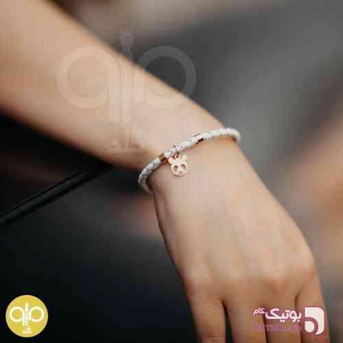 https://botick.com/product/68757-دستبند-چرم-و-طلا