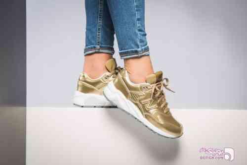 New balance sneaker طلایی كتانی زنانه