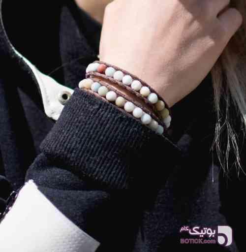 دستبند سفید دستبند و پابند