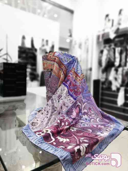 https://botick.com/product/159574-روسری-ساتن-ابریشم--طرح-سنتی