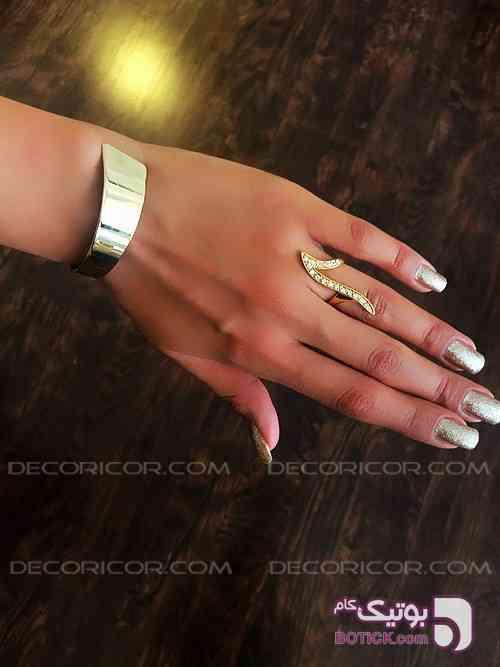 https://botick.com/product/179047-دستبند-H&M-فری-سایز-گلد-decoricor