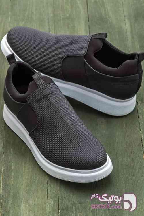 https://botick.com/product/187550-کفش-مردانه-مشکی--Elle-Shoes