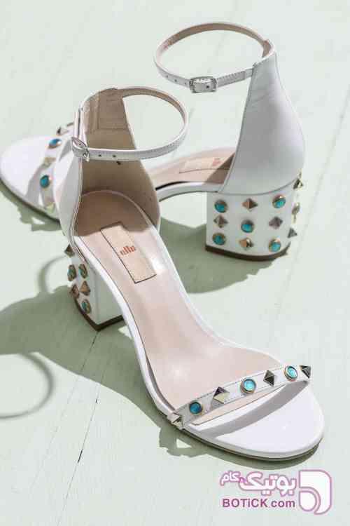 https://botick.com/product/187726-کفش-پاشنه-بلند-زنانه-سفید-چرم-100%25-اصل--Elle-Shoes