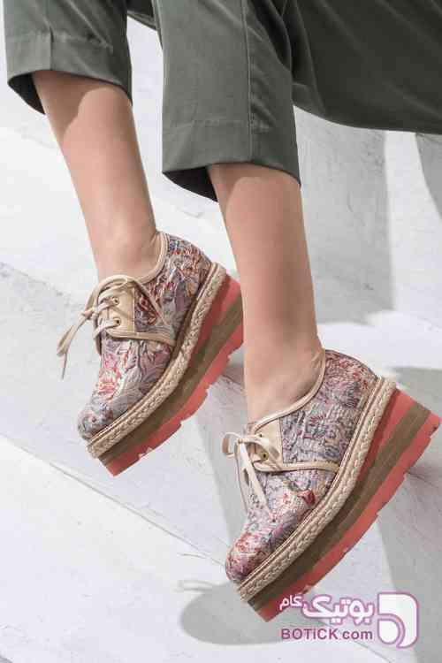 https://botick.com/product/187871-کفش-زنانه-صورتی-روشن--Elle-Shoes