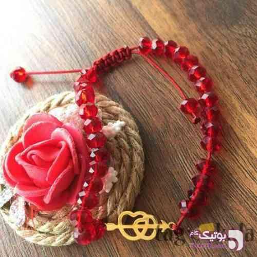 دستبند فانتزی با پلاک استیل طرح عشق قرمز دستبند و پابند
