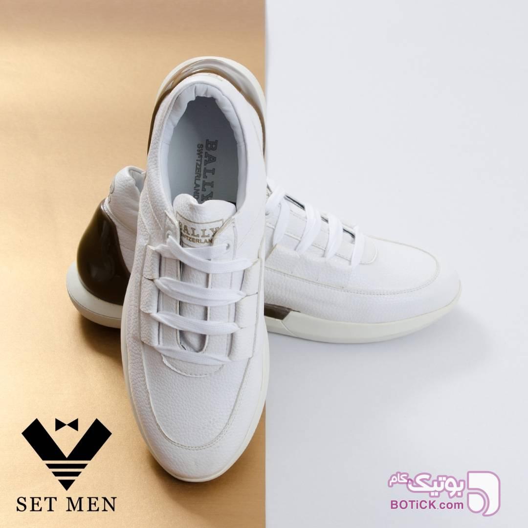 کفش سفید كتانی مردانه