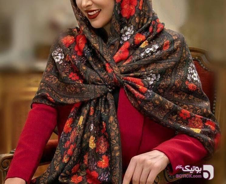 روسری قرمز شال و روسری
