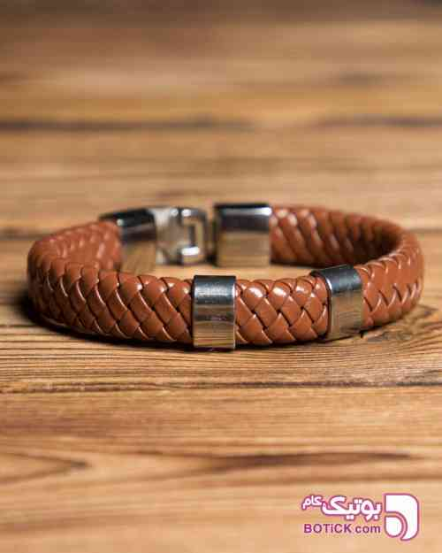 https://botick.com/product/234101-دستبند-چرم-طرح-بافت