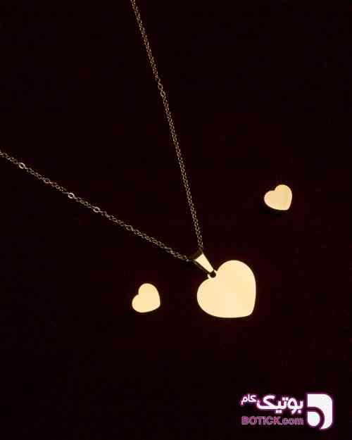 https://botick.com/product/237442-نیم-ست-طرح-قلب-طلایی