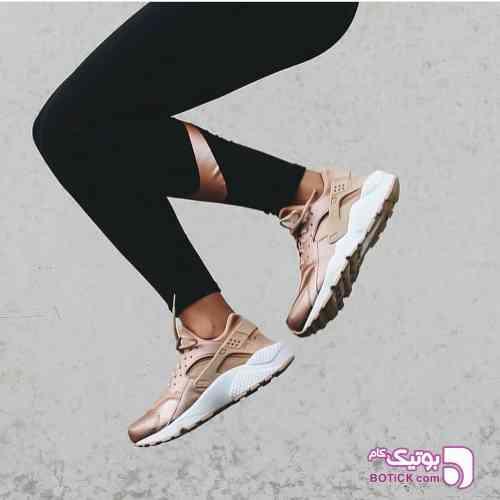 https://botick.com/product/250659-Nike---Huarache