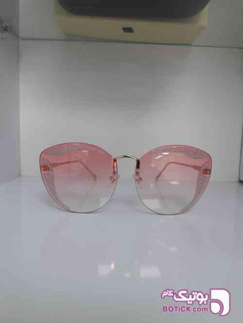 https://botick.com/product/301651-عینک-لایت-miu-miu
