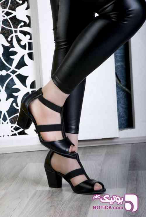 https://botick.com/product/304942-کفش-جدید-شیک-کد۹۲۲-پاشنه۴سانت-