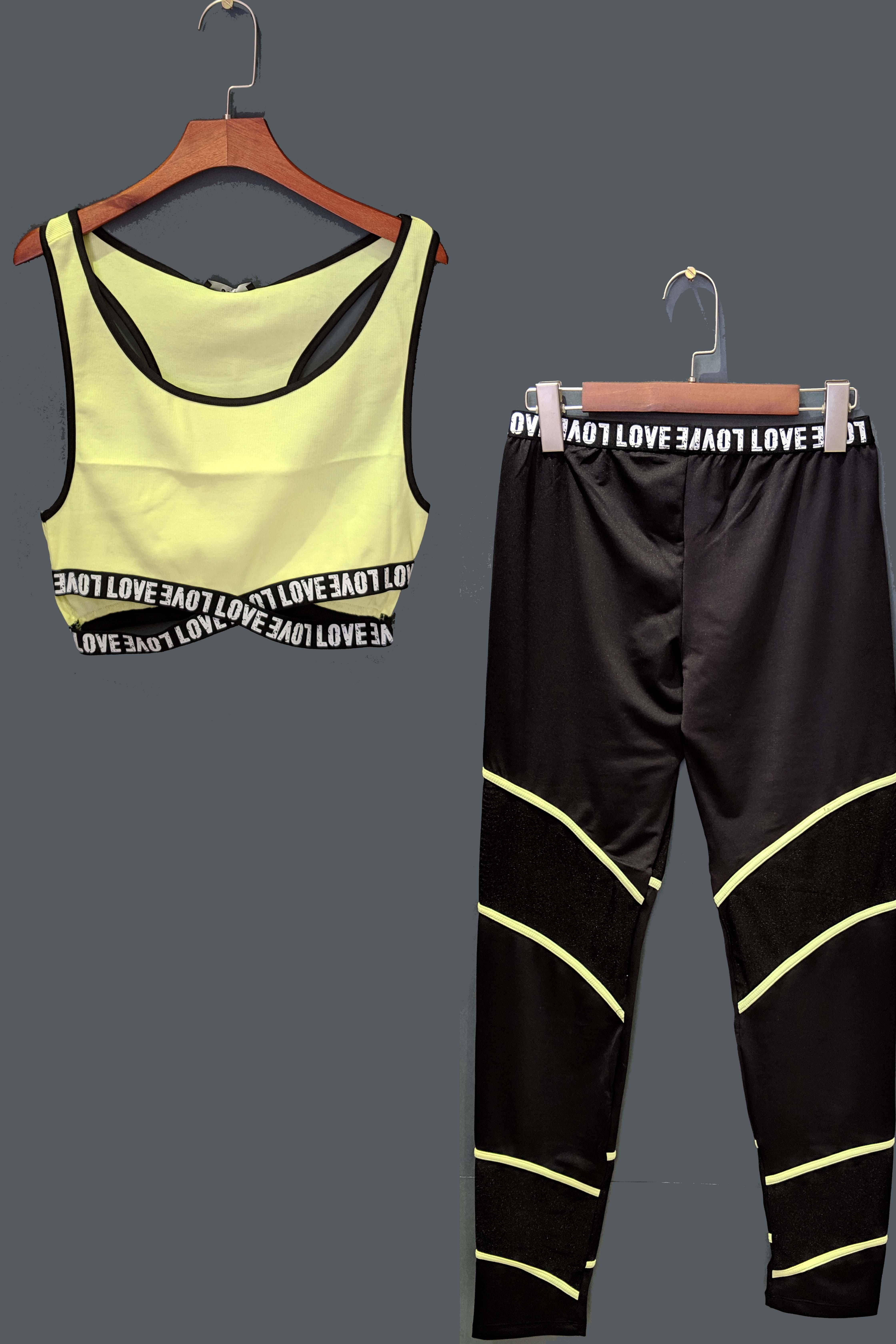 ست نیم تنه و شلوار ورزشی فسفری زرد ست ورزشی زنانه