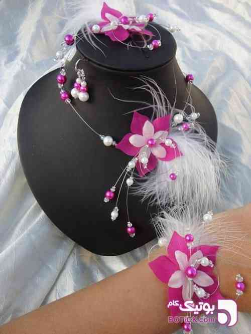 https://botick.com/product/330441-ست-گردنبند-و-دستبند