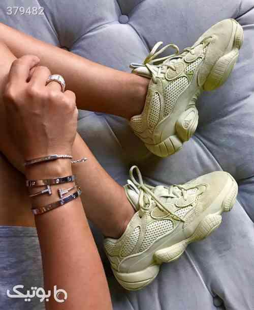 https://botick.com/product/379482-آدیداس-ییزی-۵۰۰-adidas-yeezy-500