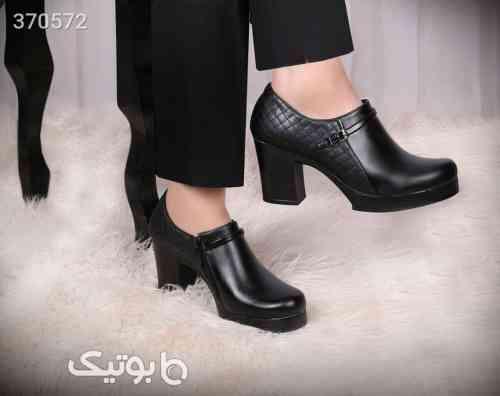 https://botick.com/product/370572-کفش-زنانه-پاشنه