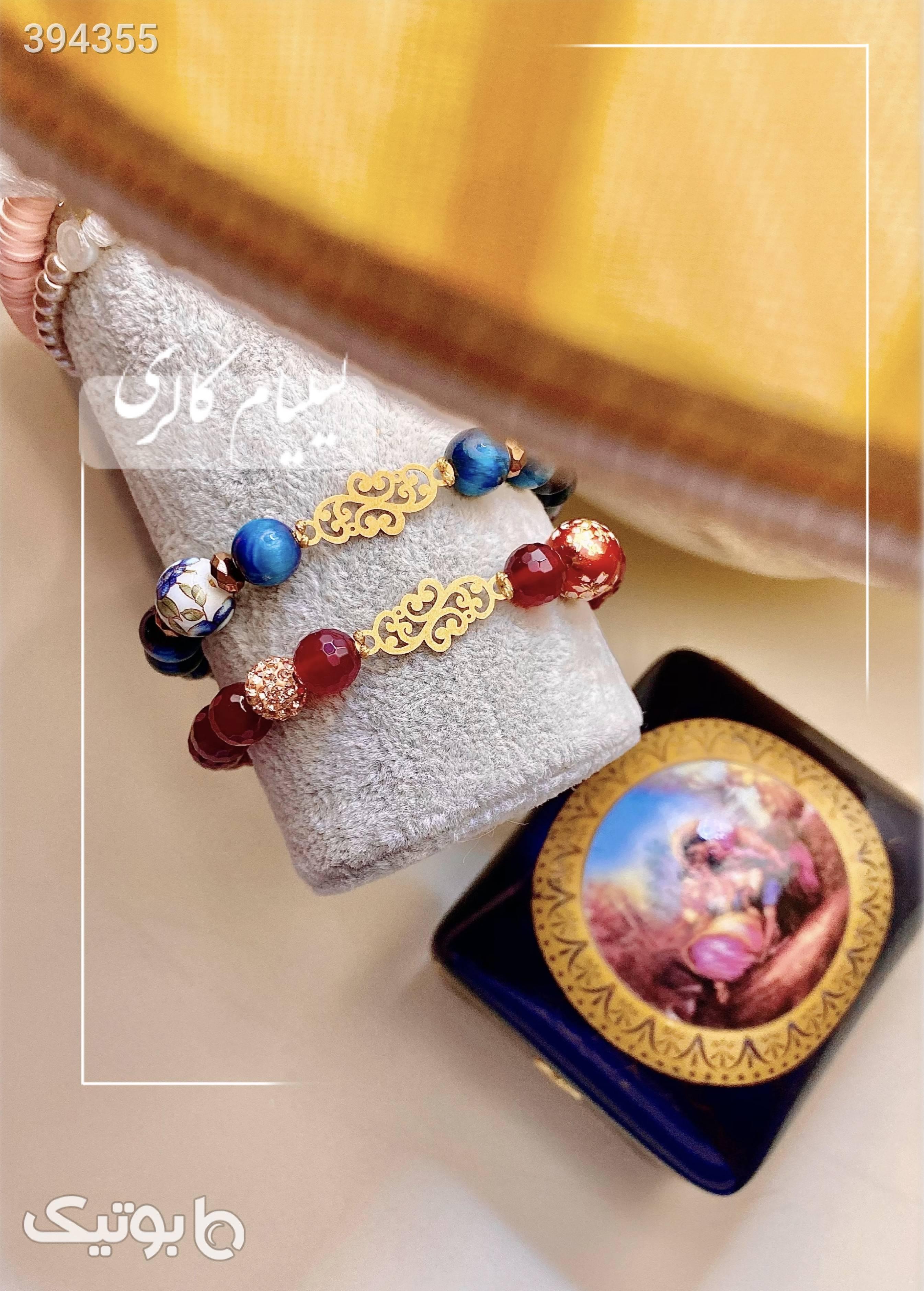 دستبند طلا اسلیمی و سنگ سورمه ای دستبند و پابند