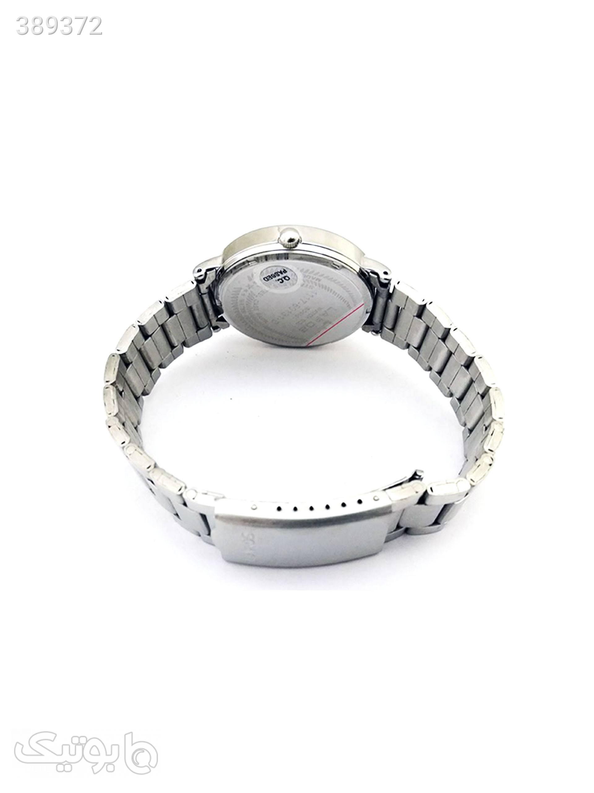 ساعت مچی عقربه ای مردانه لاروس مدل1117-80131-d به همراه دستمال مخصوص برند کلین واچ نقره ای ساعت