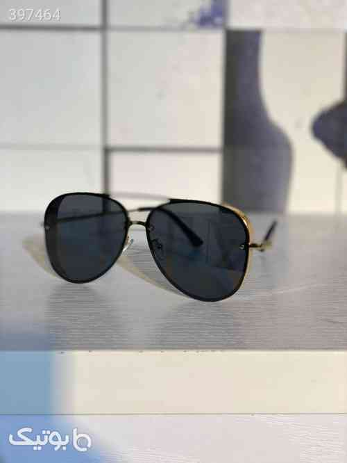 https://botick.com/product/397464-عینک-آفتابی-valentino