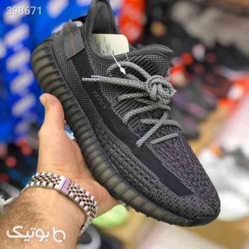 https://botick.com/product/398671-کتانی-مردانه-آدیداس-یزی-بوست-Adidas-Yeezy-Boost-350-V2-مشکی