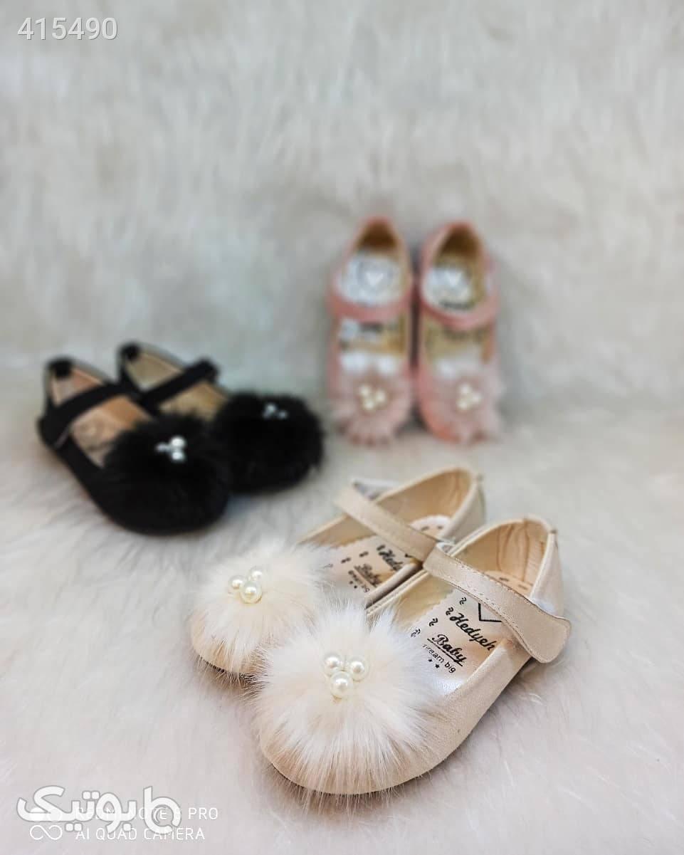 عروسکی مرواریدی السا کرم کیف و کفش بچگانه