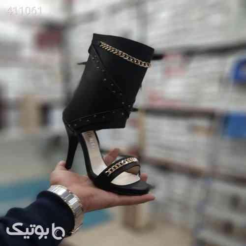 https://botick.com/product/411061-پاشنه-۷-سانت