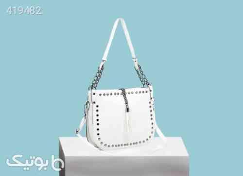 https://botick.com/product/419482-کیف-دوشی-زنانه-مدل-پرچی-رنگ-سفید