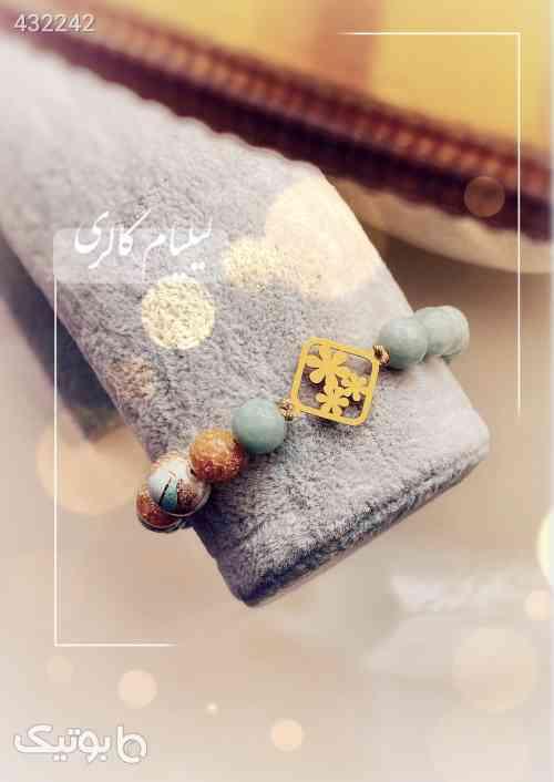 https://botick.com/product/432242-دستبند-پلاک-طلا-سه-گل
