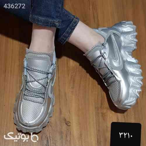 کفش کتونی جدید زنانه کرم 99 2020