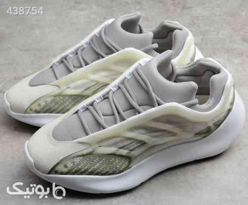 آدیداس یزی 700 – Adidas Yeezy 700 V3 نقره ای 99 2020