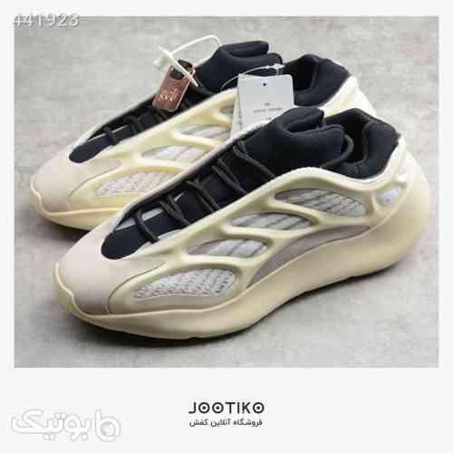 آدیداس یزی 700 – Adidas Yeezy 700 V3 کرم 99 2020
