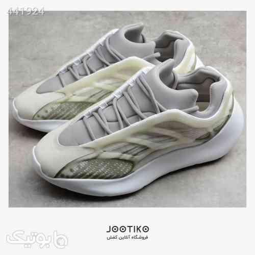 آدیداس یزی 700 – Adidas Yeezy 700 V3 طوسی 99 2020