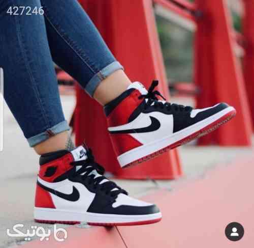 https://botick.com/product/427246-نایک-جردن-۱-Nike-Jordan-1