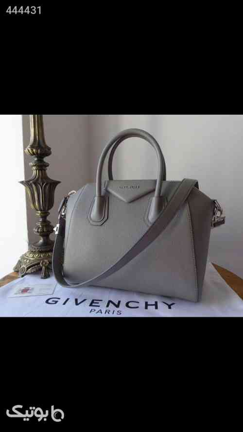 https://botick.com/product/444431-كيف----------GIVENCHY
