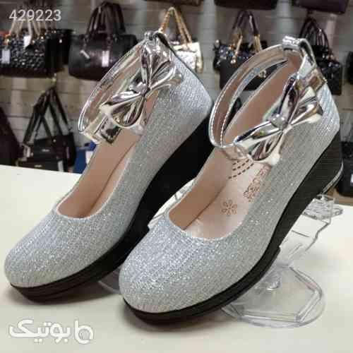 https://botick.com/product/429223-کفش-دخترانه-خوشکل-کد-431