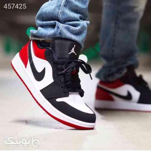 https://botick.com/product/457425-نایک-جردن-۱-بدون-ساق-Nike-Jordan-1