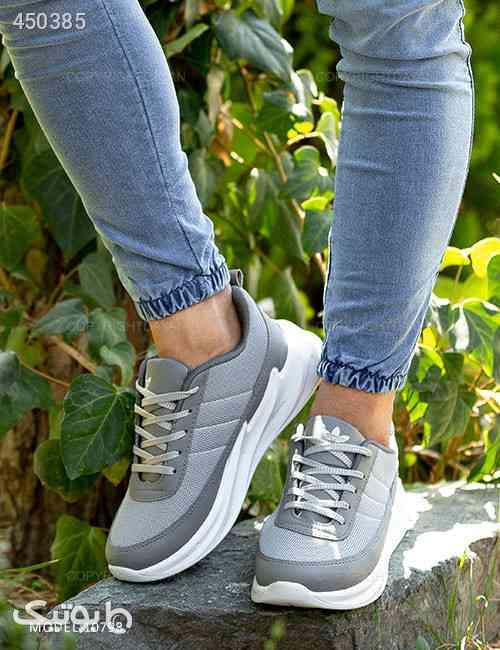 کفش مردانه Adidas مدل 10798  نقره ای 99 2020
