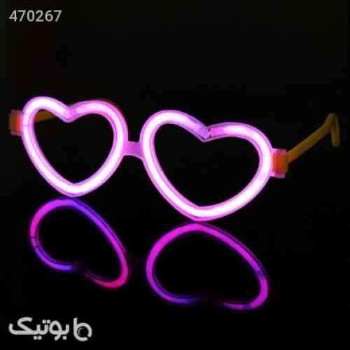 https://botick.com/product/470267-عینک-بلک-لایت-Glow-فریم-قلب-2عدد