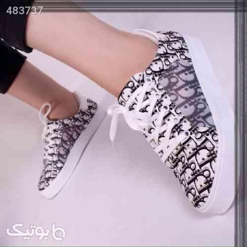 کفش نقره ای 99 2020