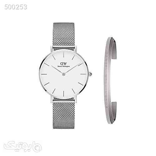 https://botick.com/product/500253-Daniel-Wellington-Gift-Set,-Petite-Sterling-32mm-Silver-Watch-with-Classic-Bracelet,-Size-Small