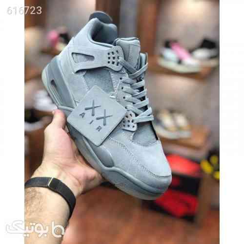 https://botick.com/product/616723-کتونی-اورجینال-نایک-ایرجوردن-4-Nike-Air-Jordan-4-X-KAWS-Retro