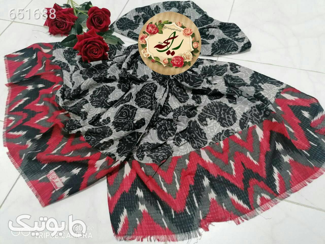 شال پاییزه قرمز شال و روسری