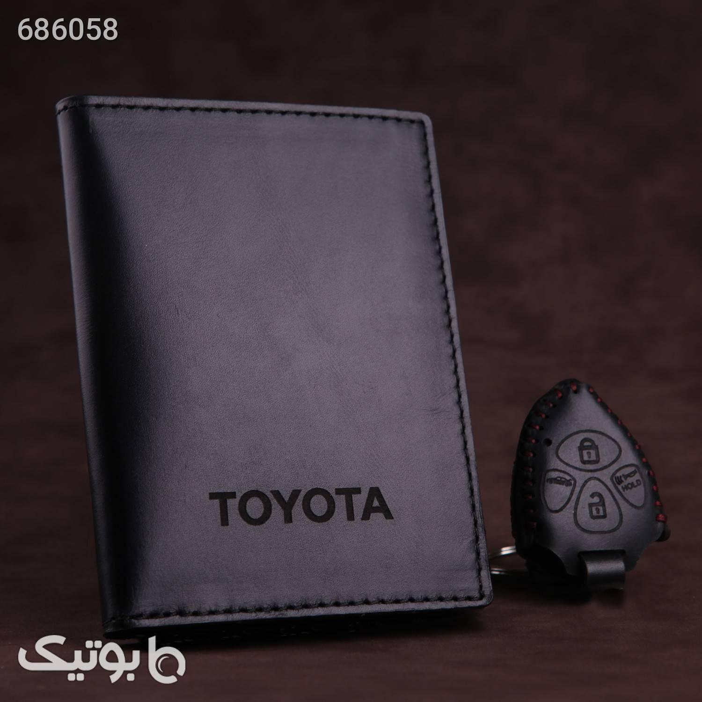 ست هدیه چرم ماکان طرح تویوتا پرادو کد sh463  قهوه ای کیف پول و جا کارتی