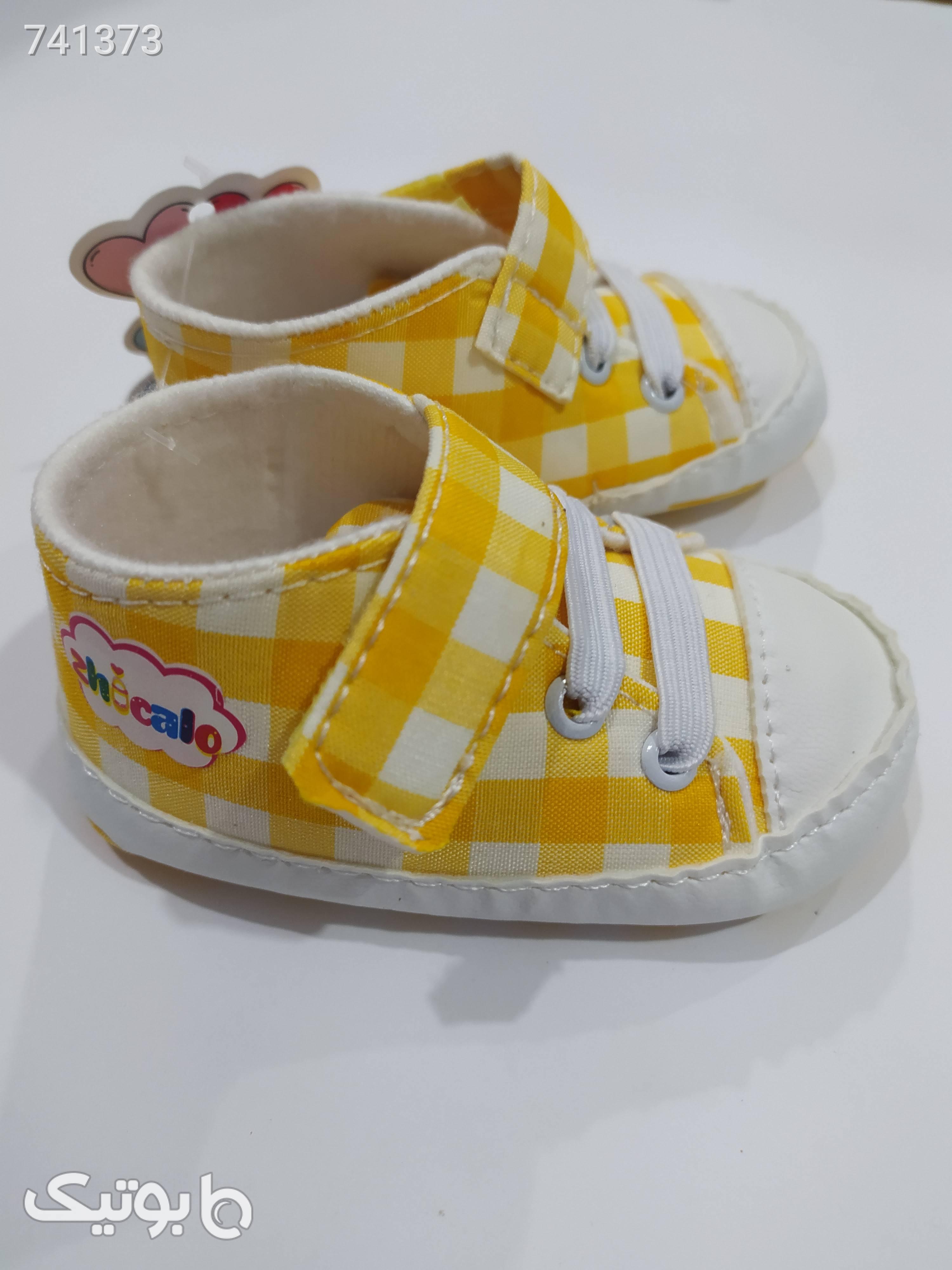 پاپوش شیک محصول جدید آنیل زرد کیف و کفش بچگانه