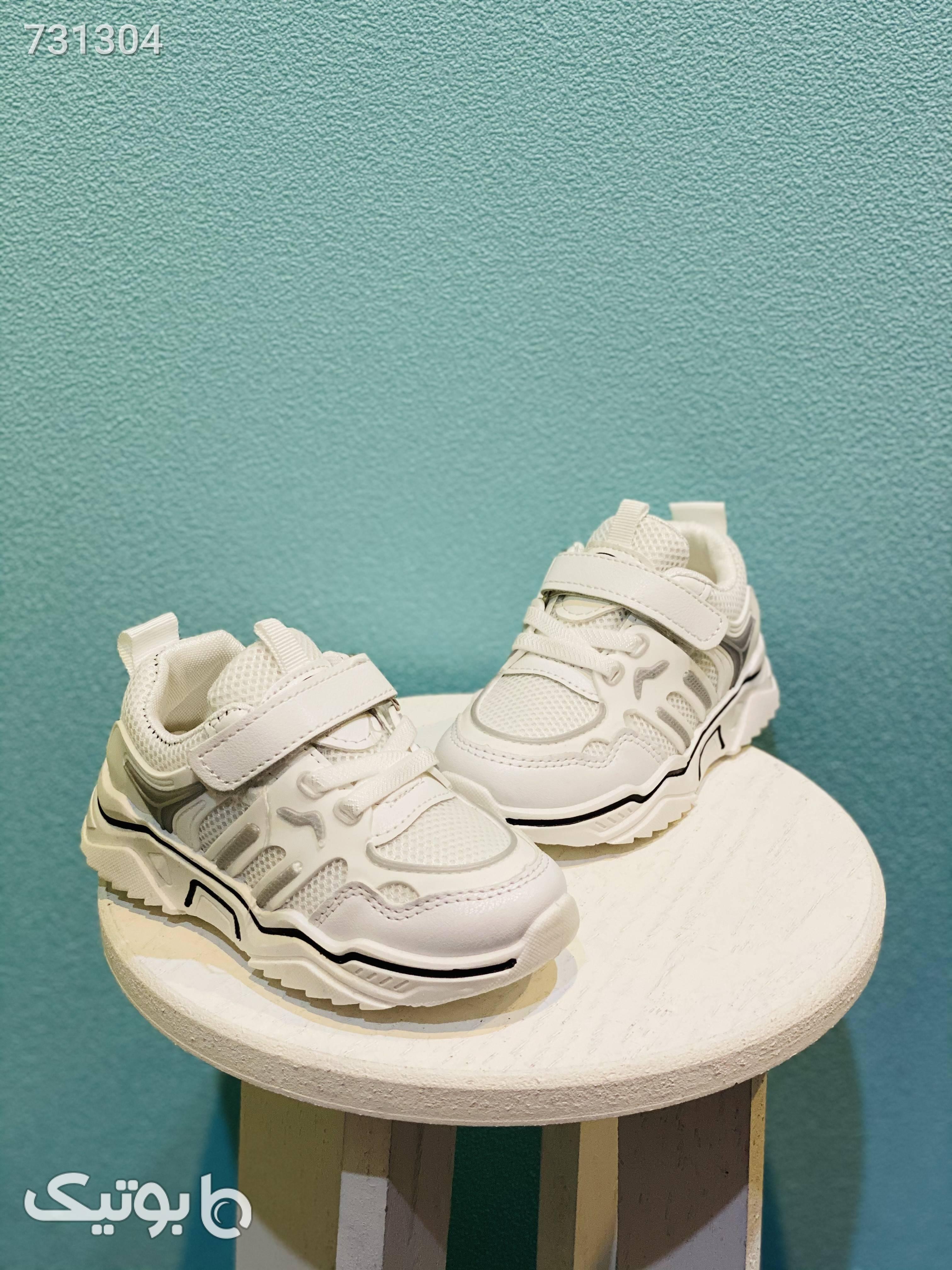 کتونی کودک مشکی کیف و کفش بچگانه