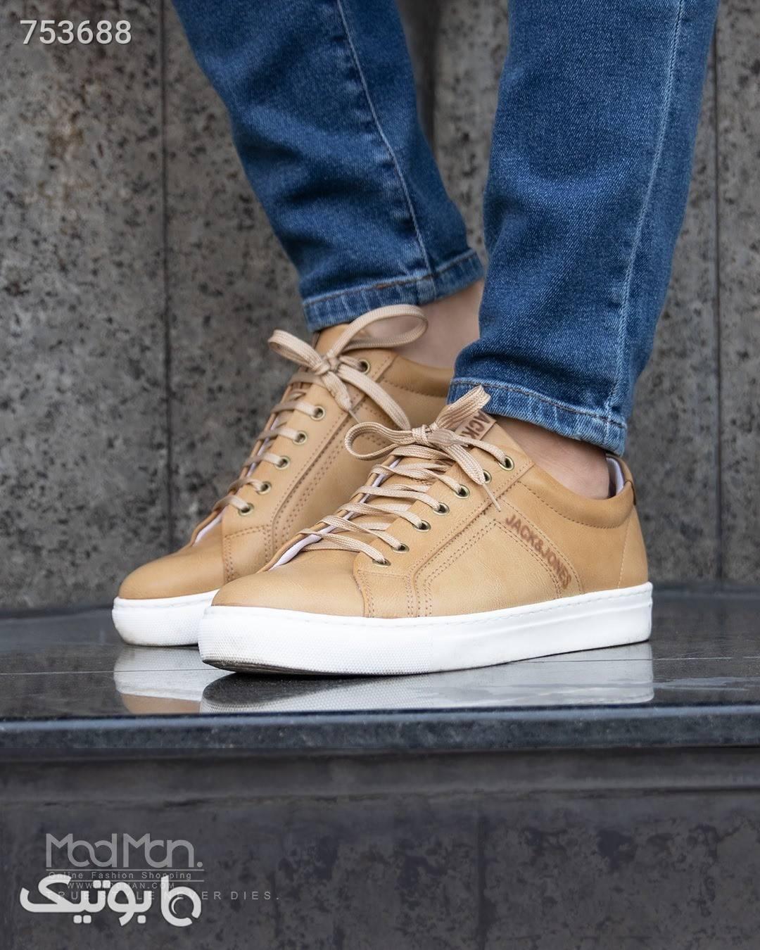 کفش مردانه  کرم كفش مردانه