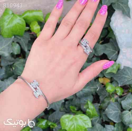 https://botick.com/product/810943-ست-انگشتر-و-دستبند-زنانه-