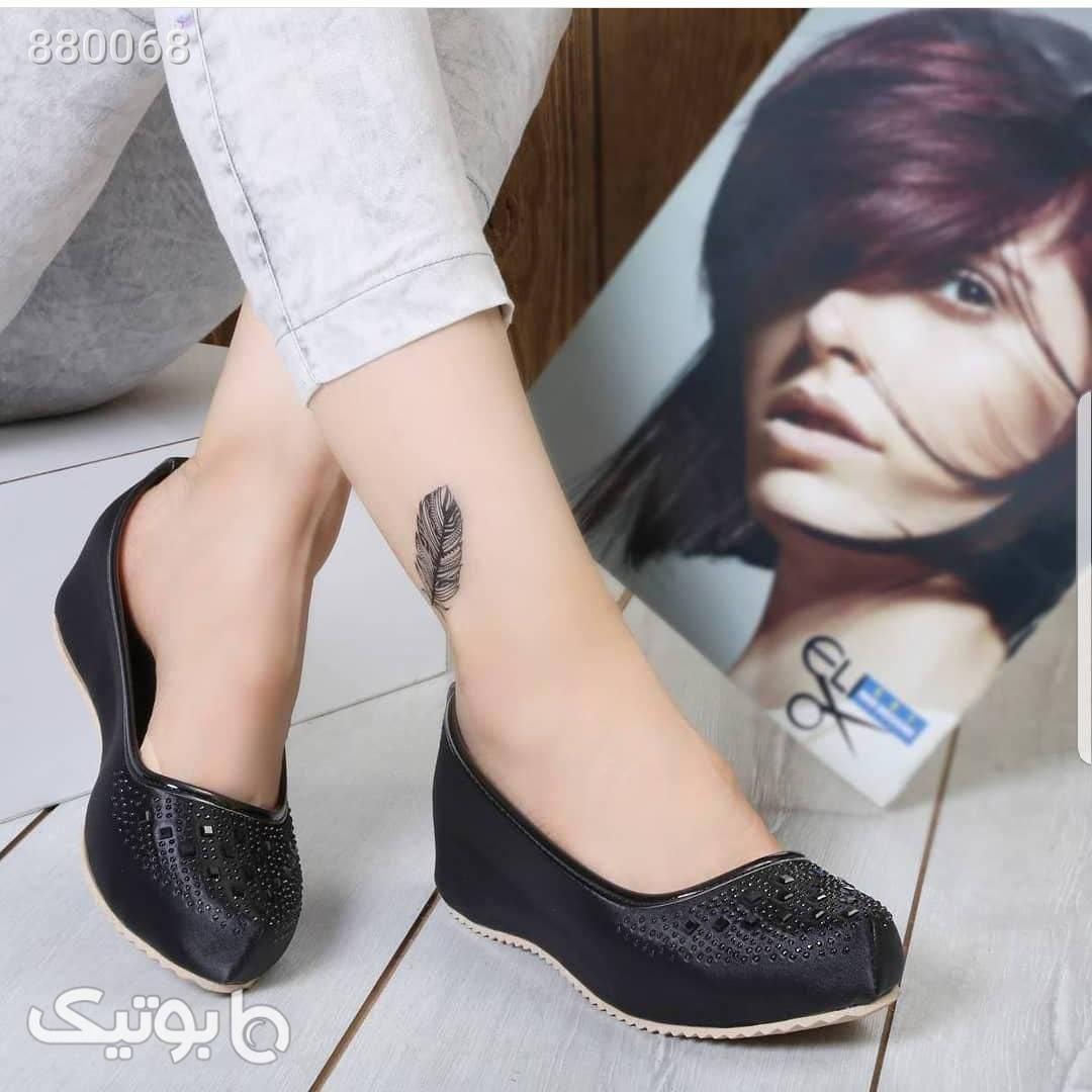 کفش استرج لژمخفی ۴سانت، نگین لیزری  مشکی كفش پاشنه بلند زنانه