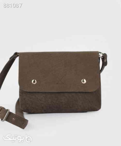 https://botick.com/product/881087-کیف-دوشی-زنانه-چرم-لانکا-Lanka-Leather-مدل-CB22